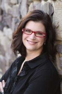 Suzanne Kuhn 250x375