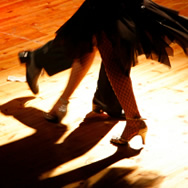partner_dancing_feet